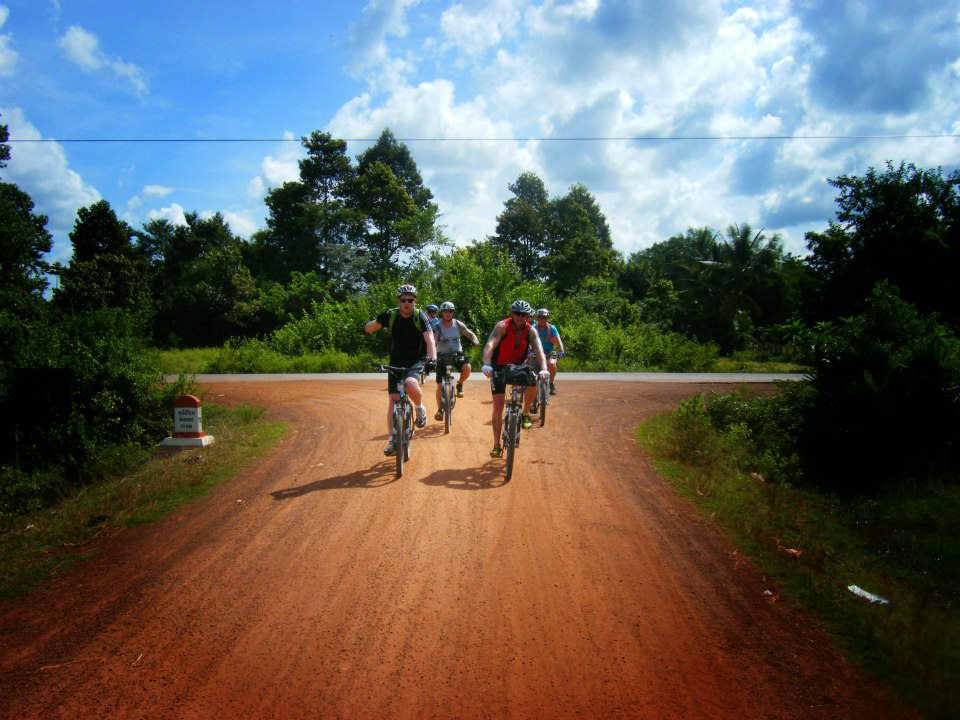 Cycle Vietnam to Cambodia